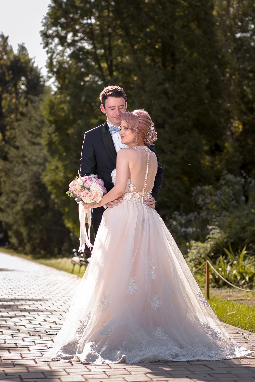 fotograf nunta iasi 28.jpg?scale.width=687&scale